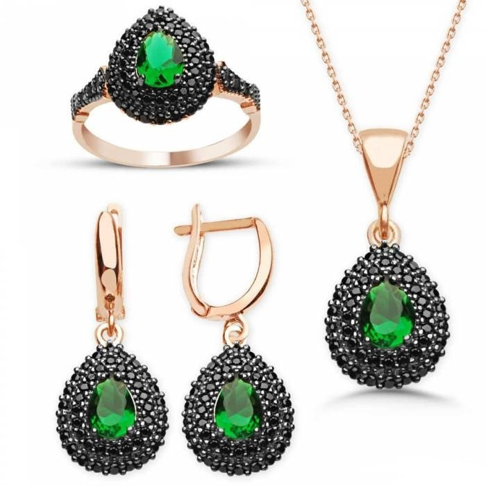 classic jewelry set, traditional beauty